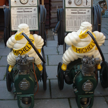 michelin compressor from the 1920-1930 - Petroliana