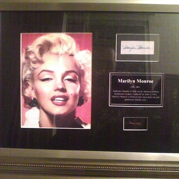 Celebrity - Lock of Marilyn Monroe&#039;s Hair