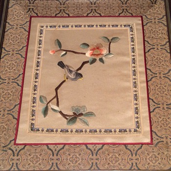 Antique Chinese silk embroidered picture