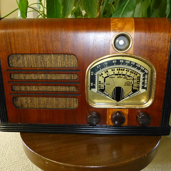 Unknown Radio