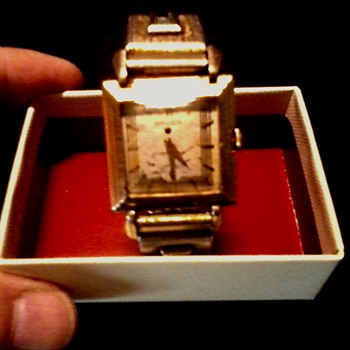"""Gruen"" Precision Men's ""Deco"" Watch /Gold Filled Case-Glass Crystal /Circa 1930's-40's"