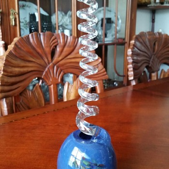 What Is This & What Does It Say? - Art Glass