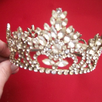 Old, Very Well Made, Tiara - Costume Jewelry