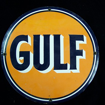"GULF     12 ""    Dia Single Sided  Sign"