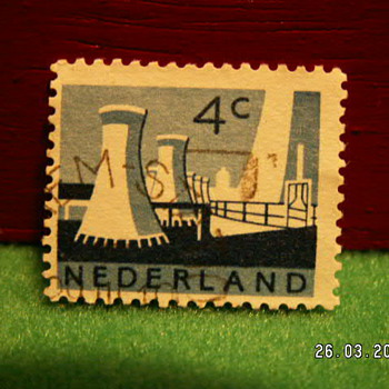 Vintage Nederlands 4C Stamp ~ Used