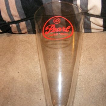 Pearl Lager Glass - Breweriana