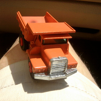 New old stock Mack Truck by Lesney. - Model Cars