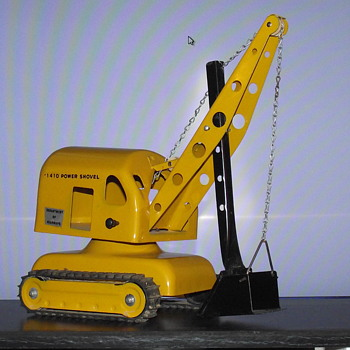 Li'l Beaver Canada. No. 1410 Power Shovel. - Model Cars