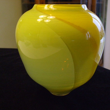 ART GLASS VASE Anyone Recognize D.M.Maycock Signature? - Art Glass