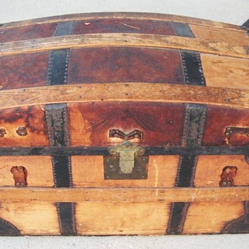 1870's Trunk from Columbus, Ohio - Furniture