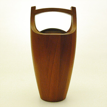 Teak Ice bucket, (Jens H Quistgaard for Dansk Designs, 1955)
