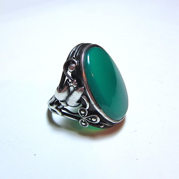 Arts & Crafts Germany Sterling Silver Onyx or Chrysoprase Ring - Arts and Crafts
