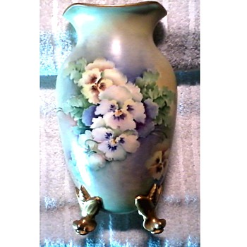 "Goodwill Points Freebie /Austrian Hand Painted 10"" Porcelain Footed Vase Signed ""Janoshek"" / Circa 19th-20th Century"