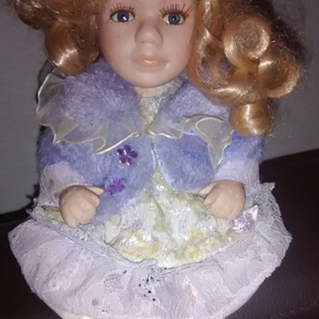 unknown doll