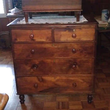 Salem NC Dresser (Karsten Petersen) - Furniture