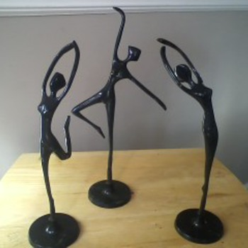 Vintage Dancers - Figurines