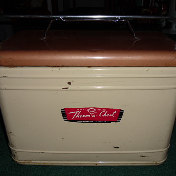 ~~Therma-Chest Metal Cooler~~