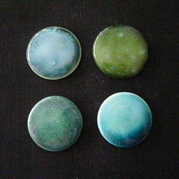 MIXED GREEN ROUNDELS - Art Pottery