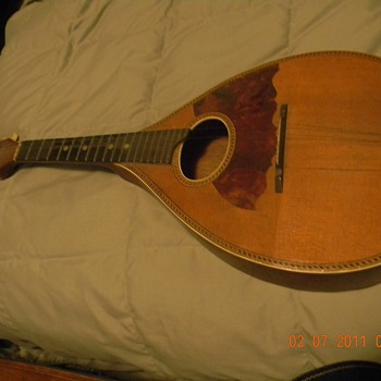 Grandfathers Mandolin - Guitars