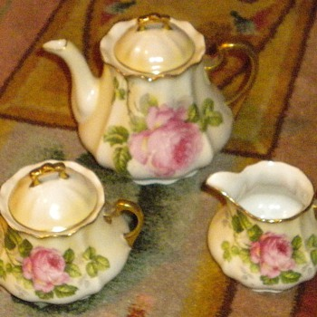 Tea Set Prussia Can someone tell me about it - China and Dinnerware