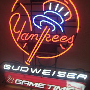 NY Yankees Bud Gametime neon