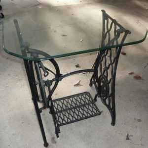 Antique Singer Sewing Machine Table With Glass Top Dated