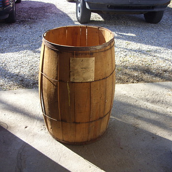 oyster barrel with original shipping tag