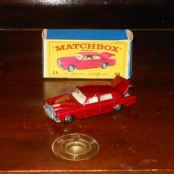 Matchbox #24 Rolls Royce Silver Shadow - Model Cars