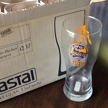 Tiger beer glasses - Breweriana