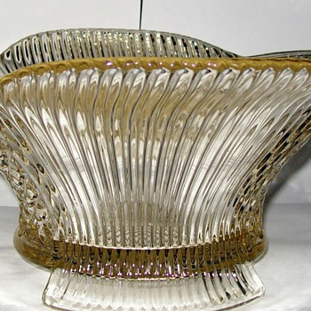 EAPG FOOTED BOWL ? - Glassware