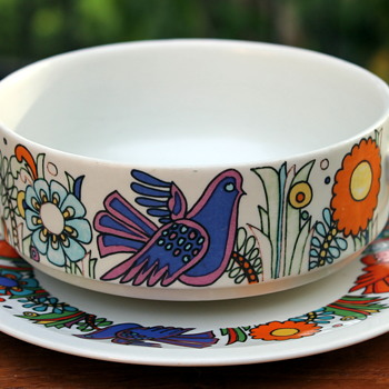 Age and change - the soup bowl. - China and Dinnerware