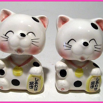 Bobble Heads ( or Nodders ) - Kittens - Animals