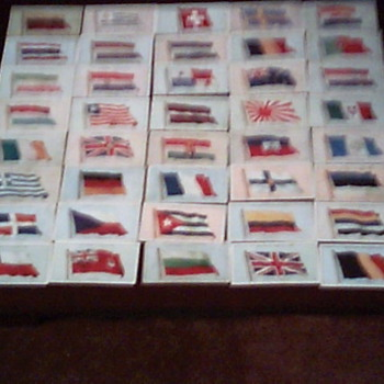 flages of the league  of nations set of 50 - Tobacciana