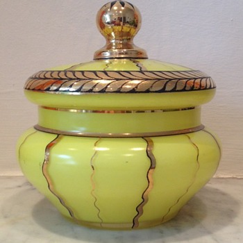 Acid yellow painted and gilded Art Deco powder bowl