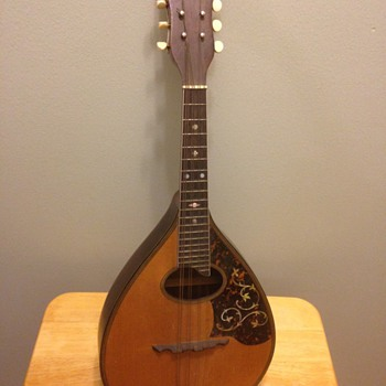 Old Mystery Mandolin