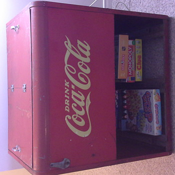 Great grandpa's barber shop cooler - Coca-Cola