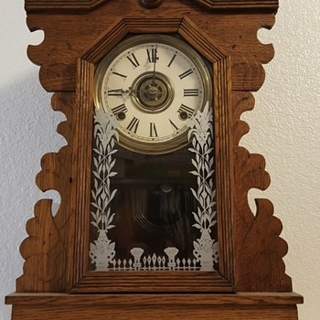 Wm. L. Gilbert OWL clock - Clocks