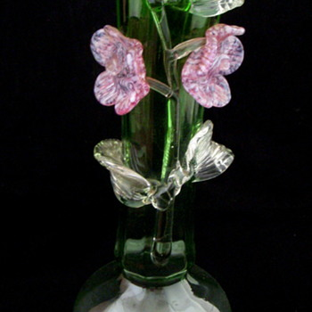 Bohemian Applied Flowers Green Opalescent Flower Vase