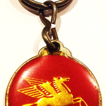 A Curious Keyring I Can't Find Out About - Petroliana