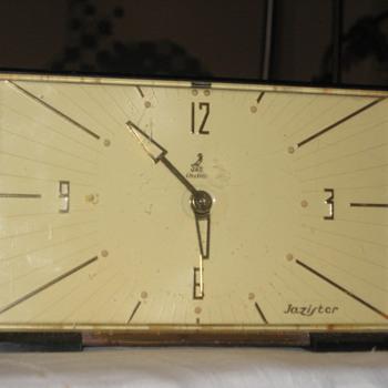 Vintage french JAZ JAZISTOR alarm clock ca. 60's-70's.