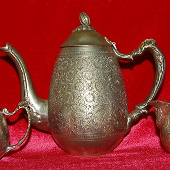 Help Identifying Teapot Maker