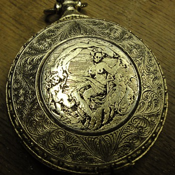 "Vintage Max Factor ""Pocket Watch"" Compact  - Accessories"