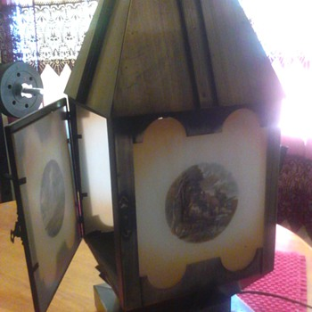 i have two of theses lamps,i know they are over 30 years old are they antique and of any value