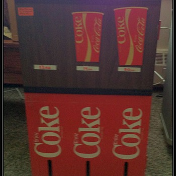 COKE CUP HOLDER DISPENSER - METAL ( Coca Cola )