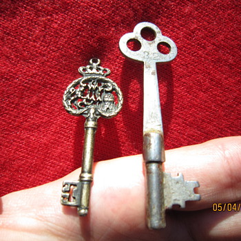 Two Antique Skeleton Keys. One for the Kings Treasure?  : )