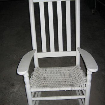 "Porch Rocker 1/4"" Oval reed seat"