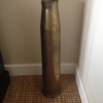 WWII military shell? - Military and Wartime