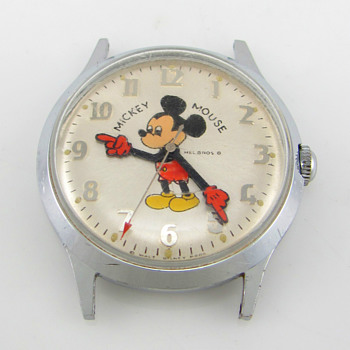 Helbros 17 Jewel Mickey Mouse Wristwatch Circa 1972 - Wristwatches
