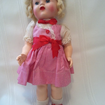 Wanting to know about Vintage Doll - Dolls