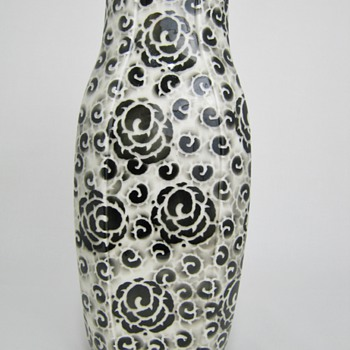 Gorgeous Art Deco Black and White Airbrushed Rose decor Pottery Vase Euro possibly Czech - Art Pottery